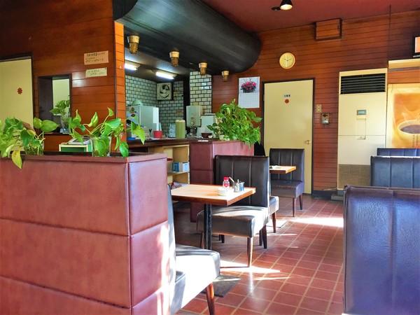 陸奥A子タンの漫画に出てきそう!三角屋根のカワイイ喫茶店 - いまトピ