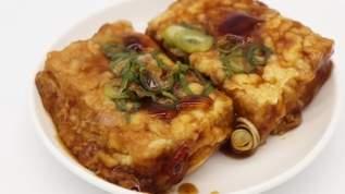 「シンプルなのに何回食べても飽きが来ないマジック」「うちの揚げ出し豆腐は今後これですね」ジェネリック揚げ出し豆腐が旨すぎ!簡単すぎ!(1/2)