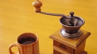 【ダイソーありがとう】「挽きたてコーヒーうま」「この価格でこのクオリティはコーヒー初心者の僕に良すぎ」500円のコーヒーミルが話題(1/2)