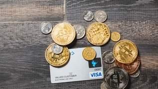 100円ショップ『長財布に入るカードホルダー』が最高すぎ!「財布の中がスッキリ」「ありがとうの極み」と絶賛