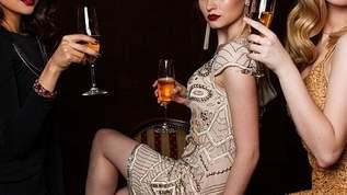 ストーカー事件が報じられた元ミスインター・吉松育美 米国のワイン広告がセクシーと話題(1/2)