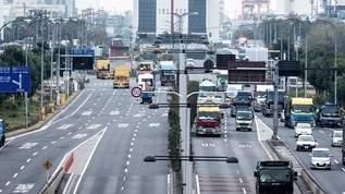 「連休中の高速道路あるある」を的確に表すイラストが話題に。ネット上では賛同の嵐