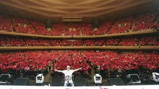 「みなさんの前で歌うことができて幸せ」…Jun. K、3度目のソロツアー武道館公演レポート!