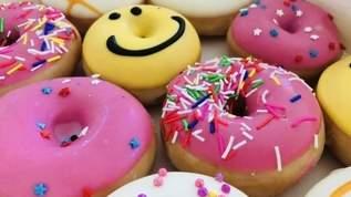 【期間限定】「かわいくて食べるのもったいない」「楽しみにしてたやつ」クリスピークリームドーナツから「バーバパパドーナツ」が発売に(1/2)