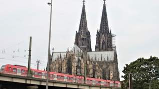 【駅前に世界遺産?】大聖堂の高さを体感してきた!