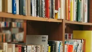アメリカで「書店のにおい」の香水を販売開始…→ネット民から「便秘に効きそう」の声