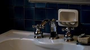 水道管が凍らないように、ちょろちょろと水を出して就寝。翌朝、衝撃的な光景が!→ネット民「ヤバすぎます」の声
