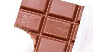 板チョコだと食べ過ぎるので、個包装のチョコを買った結果・・・→ネット民「同意しかない」「わかる」の声