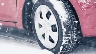 寒い朝、自動車のフロントガラスの凍結を簡単に溶かす方法がコチラ→ネット民「すごい!」「感動した」の声
