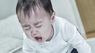 お風呂イヤがる息子が秒で入るようになった子育てライフハックが話題→ネット民「ナイスアイデア」「天才過ぎる」