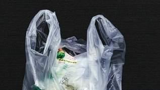 店員「レジ袋有料で3円かかりますけど」→客「いいです」→店員(どっちの「いいです」なの…?)→袋を出さずキレられる