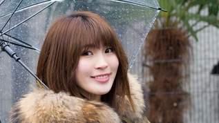 【PASSPO☆藤本有紀美】Lサイズ!?な生物と触れ合いに雪の動物園に