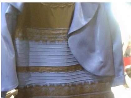 【解説アリ】青黒!?白金!?見る人によって違う色に見えるドレス画像が話題