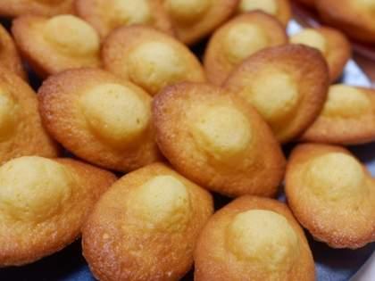 「コストコ恐ろしい」「うめぇえ!!」「20個多すぎ問題」コスパ最強!コストコのレモンマドレーヌが美味しすぎると話題に(1/2)