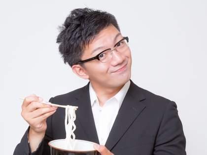 関西と関東では「うどんの出汁」の色が違う。境界線はどこなのか調べるために全ドライブインでうどんを食べた結果…