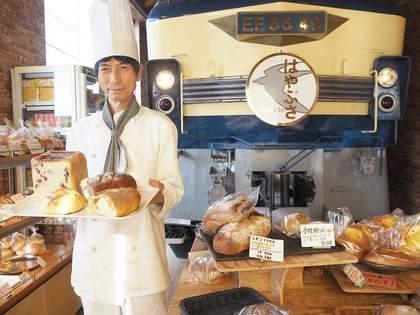 【京都】命がけで店内に機関車を置いたパン屋さん「パン・オ・セーグル」がスゴイ!