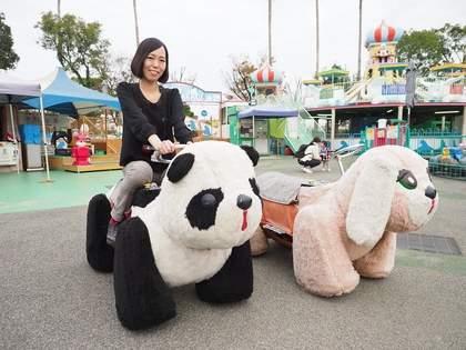切ないかわいさ。遊園地の「メロディペット」を探して旅をする女性アーティスト