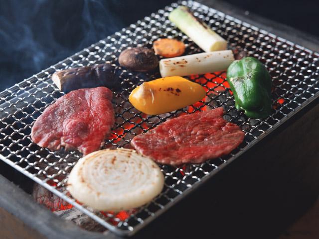 食・季節の料理 食 網 料理 焼肉 網焼き 炭火 肉 野菜 シイ...